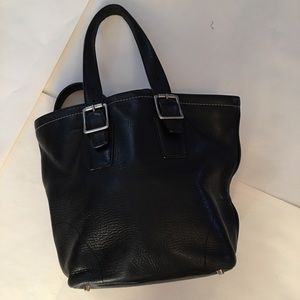 Black leather *COACH* purse authentic bucket style